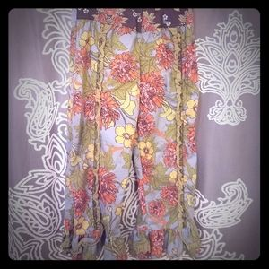 Floral ruffle bottom pants - so precious and comfy